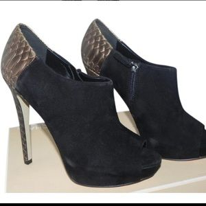 Boutique 9 Black Colton Suede Platform Booties